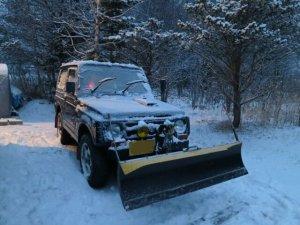 降雪、ジムニー