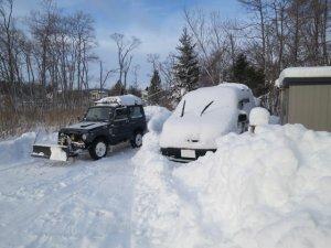 ステップワゴンに乗っている雪は一度落としていますが・・・w