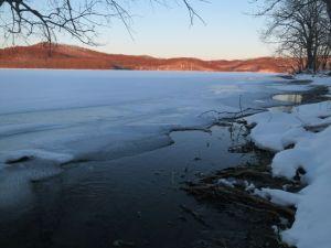 全面結氷前の塘路湖